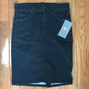 Brand new 7 For All Mankind pencil skirt